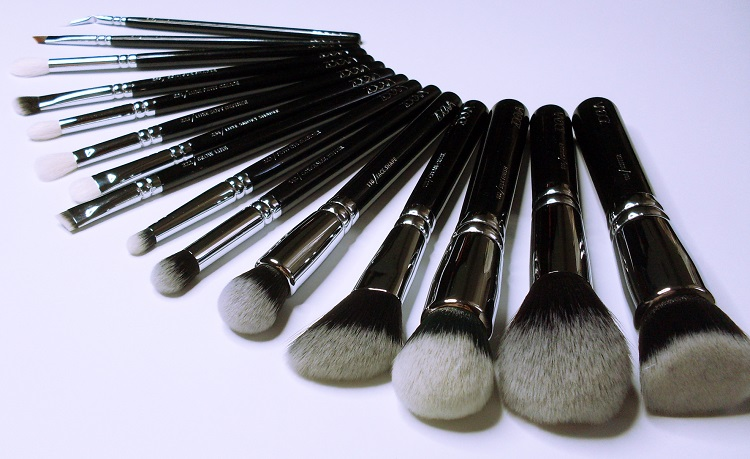 ZOEVA COMPLETE BRUSH SET review makeup tools Capture 10