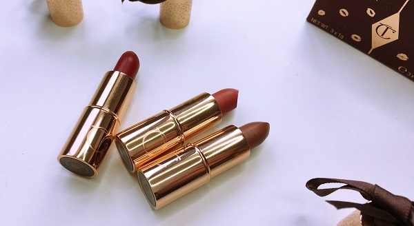 mini lipstick charms matte revolution review swatches tilbury