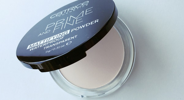 Catrice Cosmetics Prime and Fine mattifying powder transparent