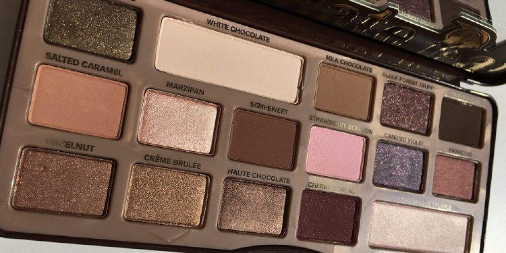 Chocolate Bar | One of the most versatile eyeshadow palettes